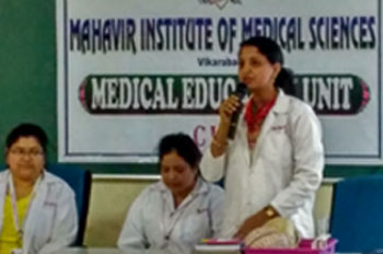 <b>Speaker, Dr. Syamala giving live demo of teaching module. Other members of MEU (Dr. Usha rani and Mr. Vijay) were also involved in demo workshop of MEU.</b>