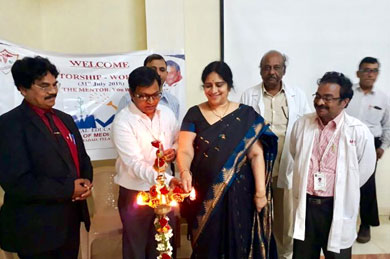 <b>Dr.Udaya Kiran (Dean), Dr.Mahesh Kumar U (Medical education Unit Co-ordinator), along with Dr.NVN Reddy (Chief Guest), Dr.Sasikala.G, Dr.Prabhakar Rao inaugurating the Workshop on 'Mentorship', on 31 Jul 2018</b>